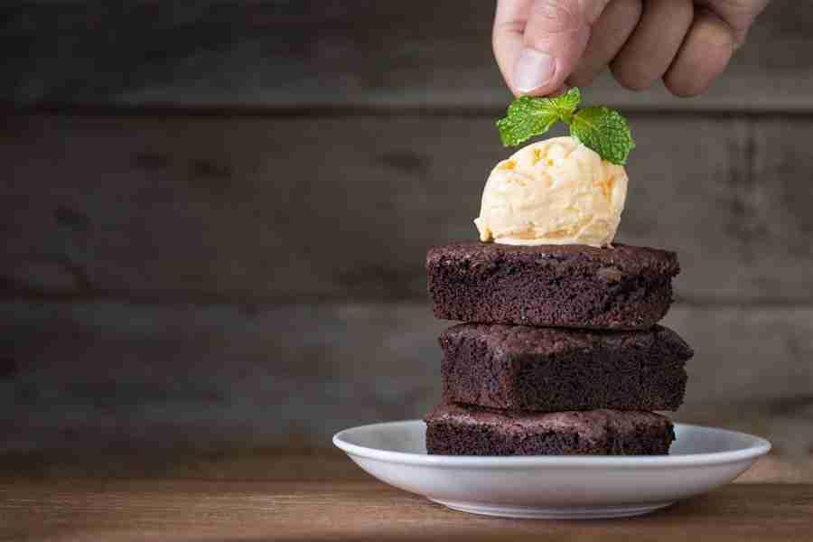 Brownies and (Vegan) Vanilla Ice Cream